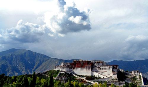 西藏拉萨布达拉宫图片资料简介_拉萨风景图片大全