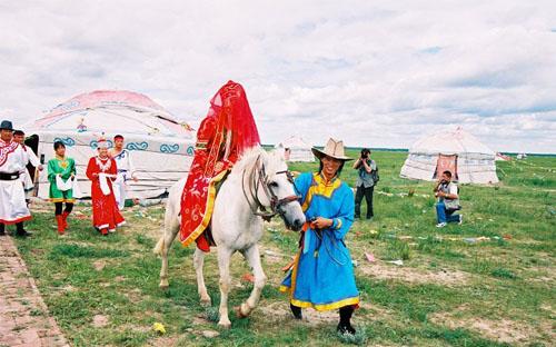 蒙古族传统婚礼_内蒙古风景图片大全_中国国旅(上海)