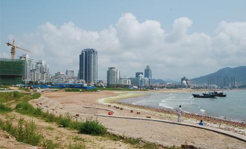 青岛石老人海水浴场