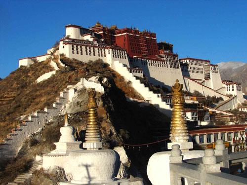 西藏布达拉宫图片_拉萨风景图片大全_中国国旅(上海)